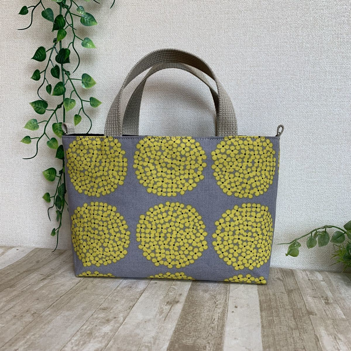 長財布も入る バックインバック ハンドバック ショルダー可能 紫陽花 グレー地黄花柄 ハンドメイド