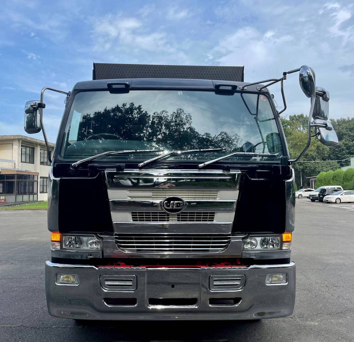 「【平成15年式】UDトラックス ビックサム ダンプ エンジンRH8 V8 走行693.037km 満タン車検!! 360馬力」の画像2
