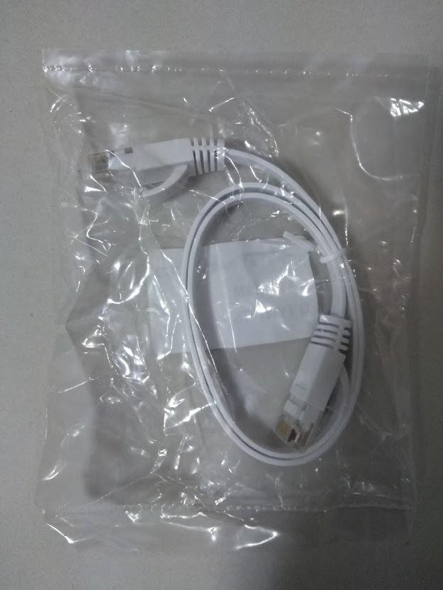 LANケーブル Cat.6 フラットタイプ 0.5m  ホワイト