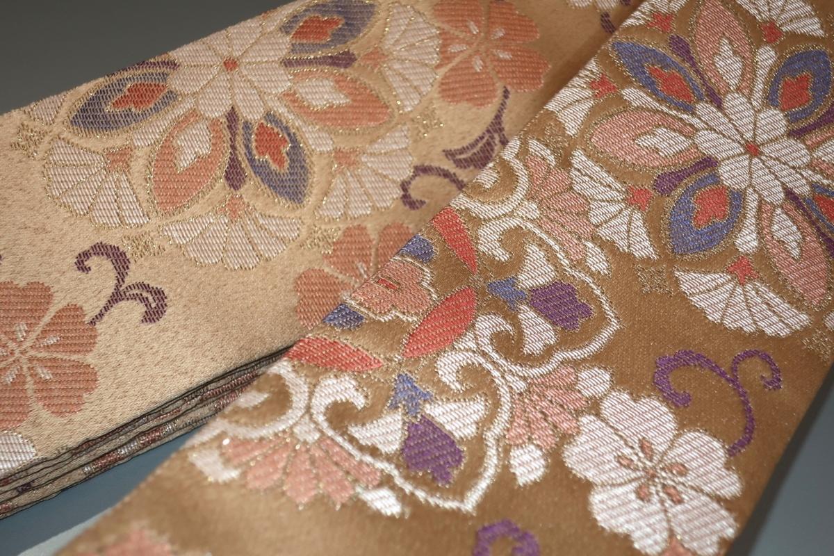 壱木4703 男角帯 交ぜ織り金襴練貫角帯Кシャンパンベージュに桜と淡い多色の宝相華文様 新品 おめでたい 両面全通