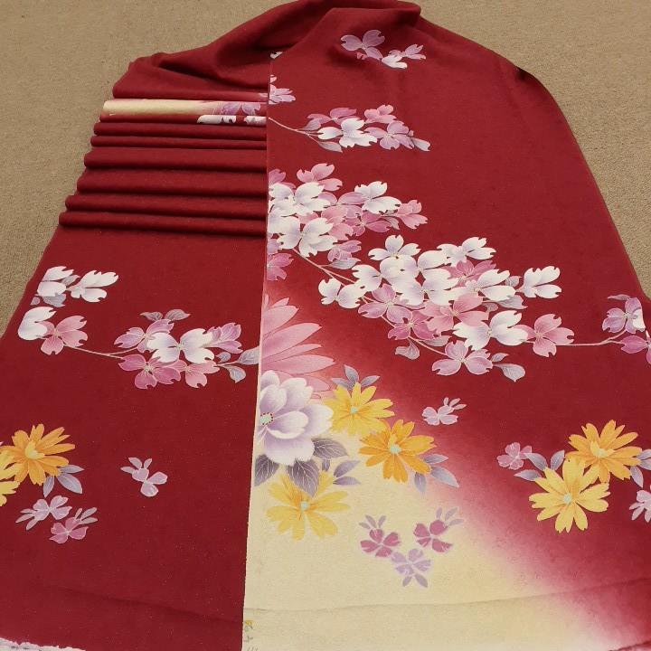 正絹 80199 赤色 花柄 シルク350cm はぎれ ハギレ リメイク ハンドメイド
