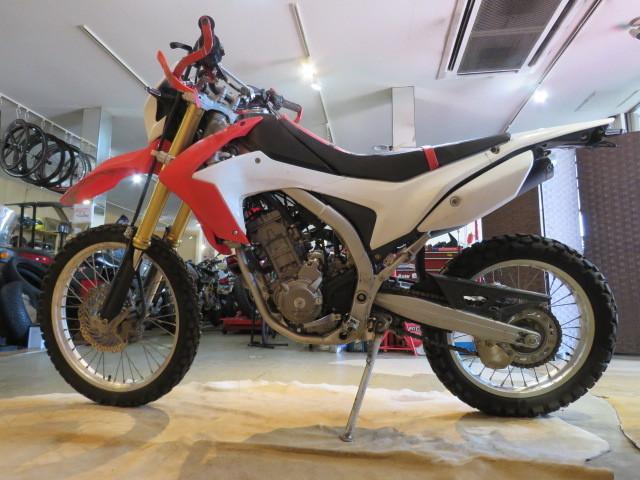 「□HONDA CRF250L MD38 ホンダ 250cc 2012年式 15981km ホワイト 実動! オフロード バイク 札幌発」の画像2