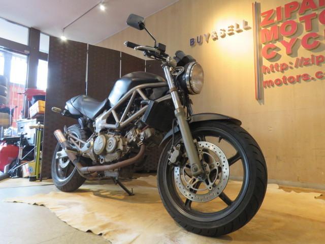 「□ HONDA VTR250 MC33 ホンダ 24399km ブラック 250cc 実動! バイク 札幌発」の画像3