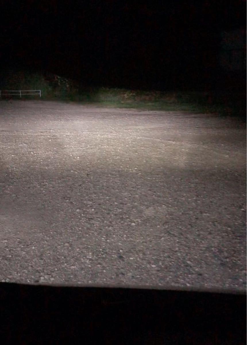 最強 LEDライト LED懐中電灯 懐中電灯 充電式 高輝度 USB ハンディライト10000lm 車のヘッドライトより明るい