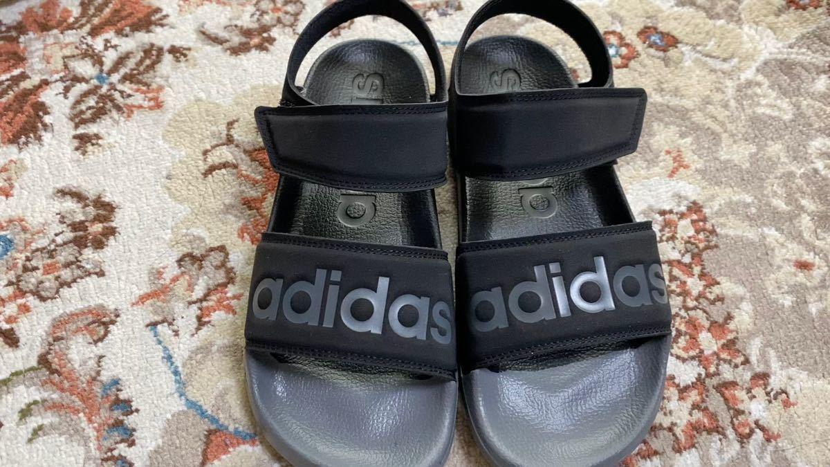 アディダス adidas サンダル 24,5センチ タグなし 試し履き一回