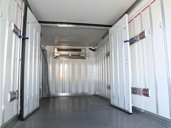 「エルフ 3t 保温車 ワイド超超ロング 背高 左サイド扉 リア3枚観音扉」の画像3