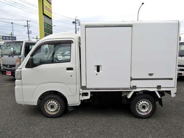 「ハイゼットトラック -7℃設定FRP中温冷凍車 木製2段棚 左サイドドア オートマ車」の画像3