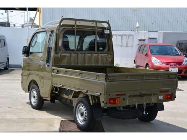 「ハイゼットトラック 660 ジャンボ SAIIIt 3方開 4WD 5MT ブルーレイ搭載ナビETCマット付」の画像2