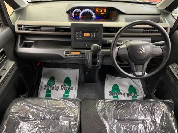 「ワゴンR 660 ハイブリッド FX 4WD Pスタート シートヒーター」の画像3