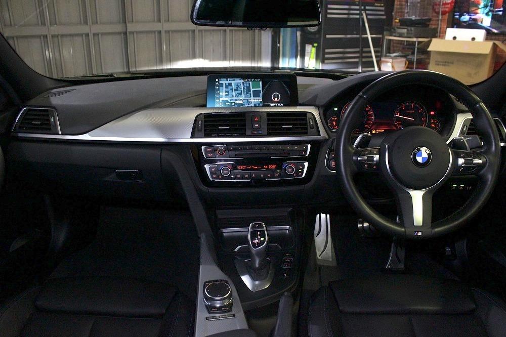 2018y BMW 3シリーズ 320d Mスポーツエディションシャドー限定車 33000キロ 黒革 1オーナー_画像2