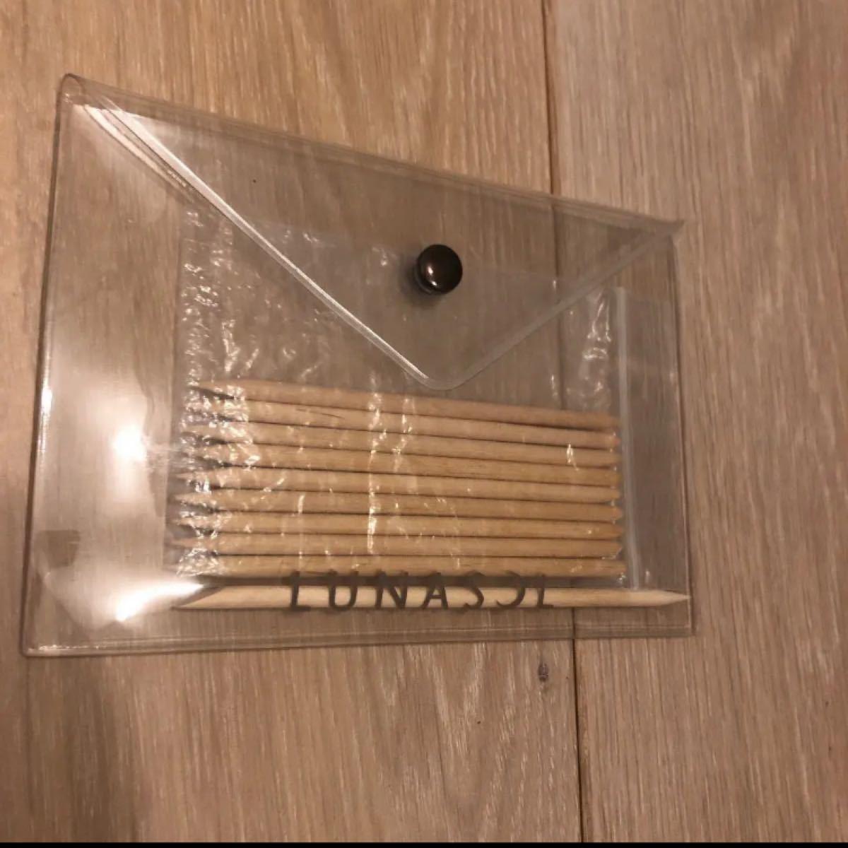 ネイルケアキット カラーストーン、フレンチネイル用シール、ポーチ