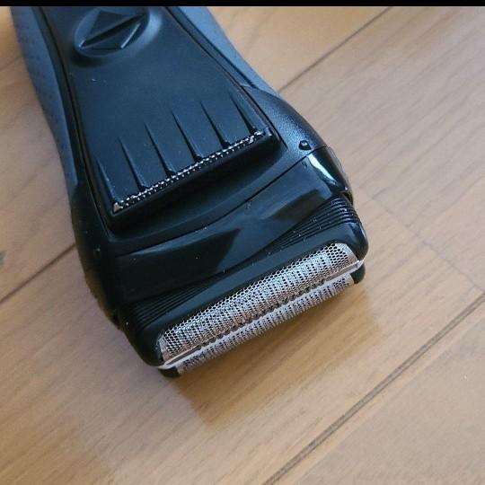 BRAUN S3 髭剃り電気シェーバー 洗浄液3個セット付き