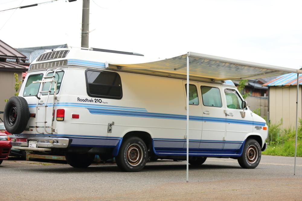 「平成5年 シボレー シェビーバン CHEVY VAN30 ロードトレック 210 キャンピングカー 機関良好 豪華装備多数 車検付 すぐに乗って帰れます!」の画像2