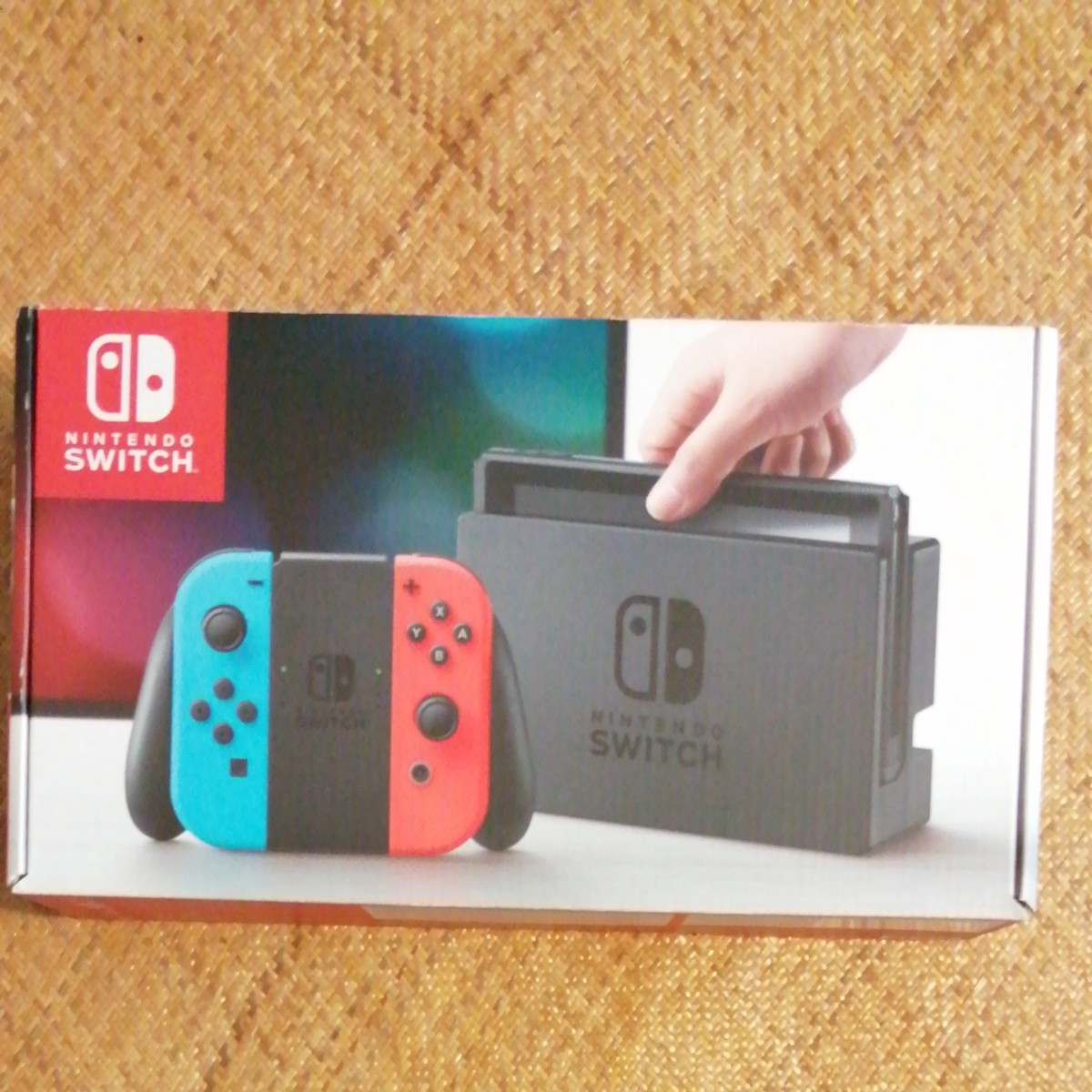 Nintendo Switch Joy-Con (L)   ネオンブルー  ネオンレッド (R)