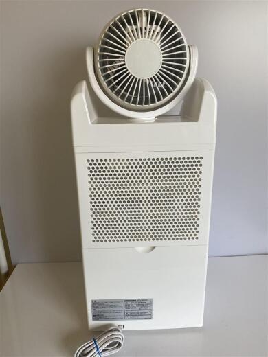 ☆ 【入手困難】アイリスオーヤマ 衣類乾燥除湿機 サーキュレーター機能付き ~18畳 DCC-6515C  ☆_画像3
