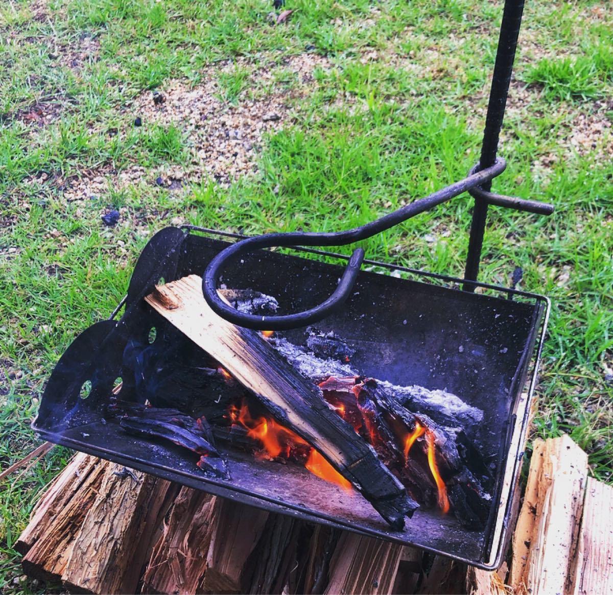 焚き火テーブル/焚き火ハンガー