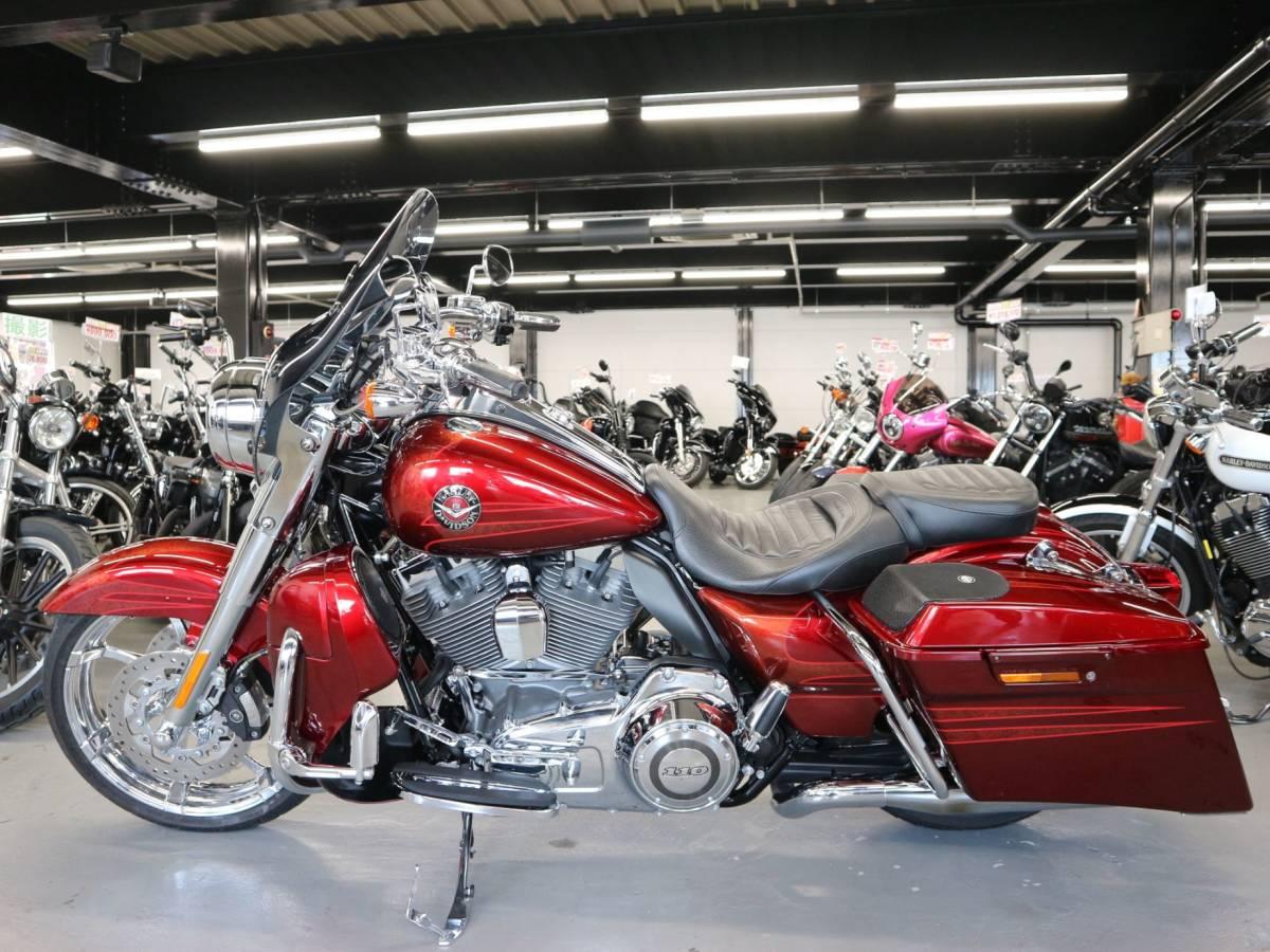 「〇ハーレーダビッドソン FLHRSE5 ロードキング 2013年モデル 27805km ETC1.0 社外マフラーバックギア他諸費用込 269.98万+送料ケーズバイク」の画像2