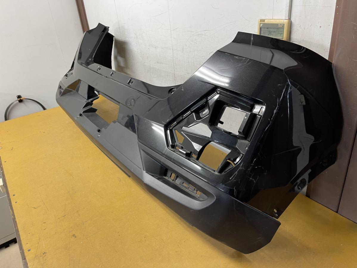 トヨタ A200A/A210A ライズ 純正 リアバンパー リヤバンパー 52169-B1030 黒メタ_画像2