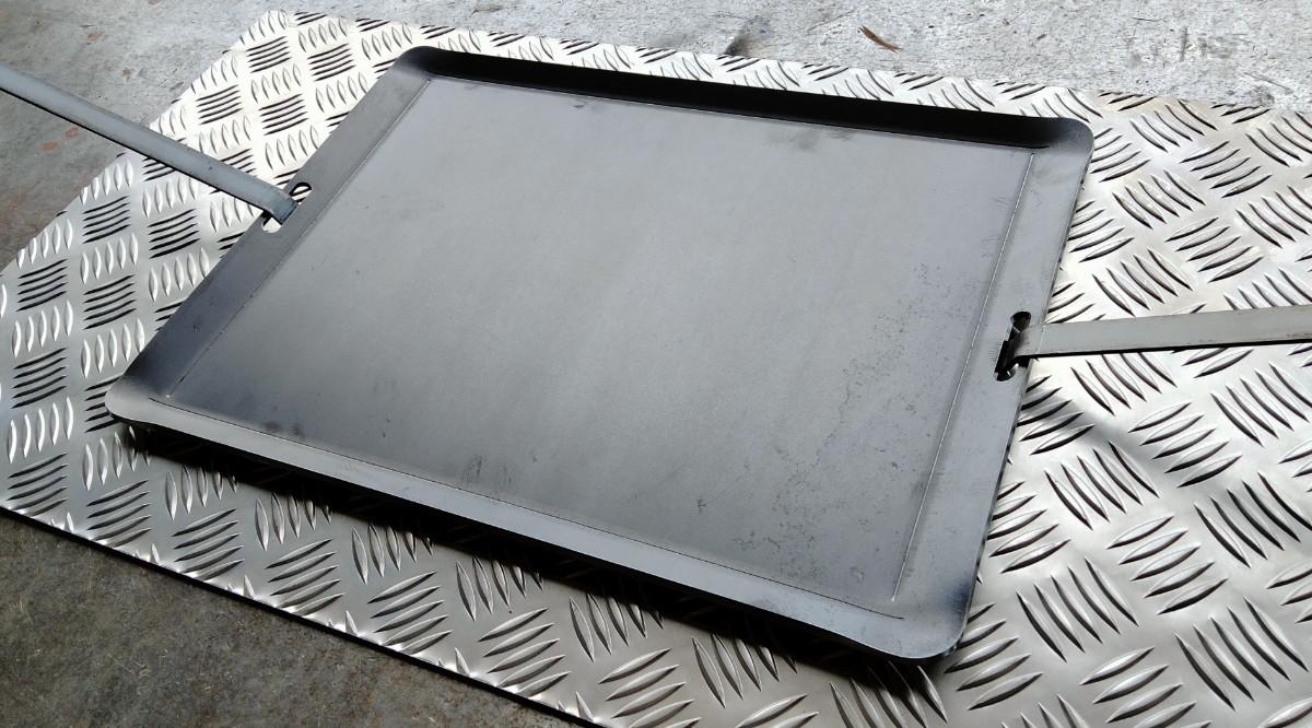 鉄板 大型サイズ BBQプレート 4.5mm  キャンプ バーベキュー