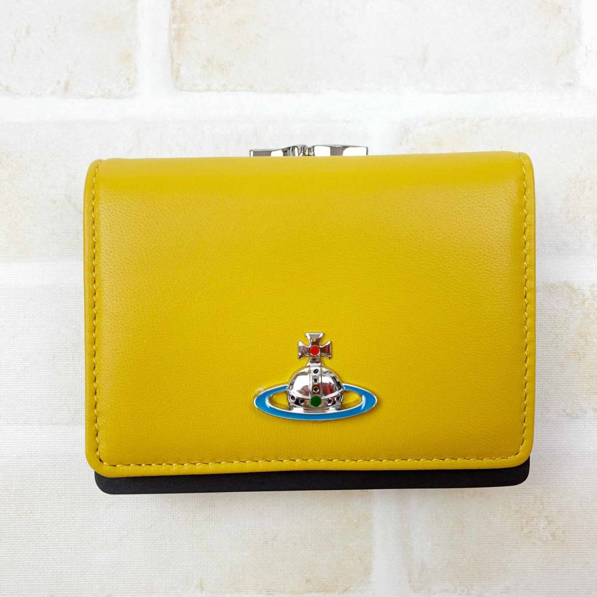 Vivienne Westwood ヴィヴィアンウエストウッド 三つ折り がま口 財布 レディース イエロー 財布【TS14】