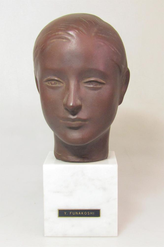 ☆ 船越保武 Y.FUNAKOSHI 銅像 ブロンズ像 ローラ 少女 女性像 頭像 置物 大理石台座 ∵_画像2