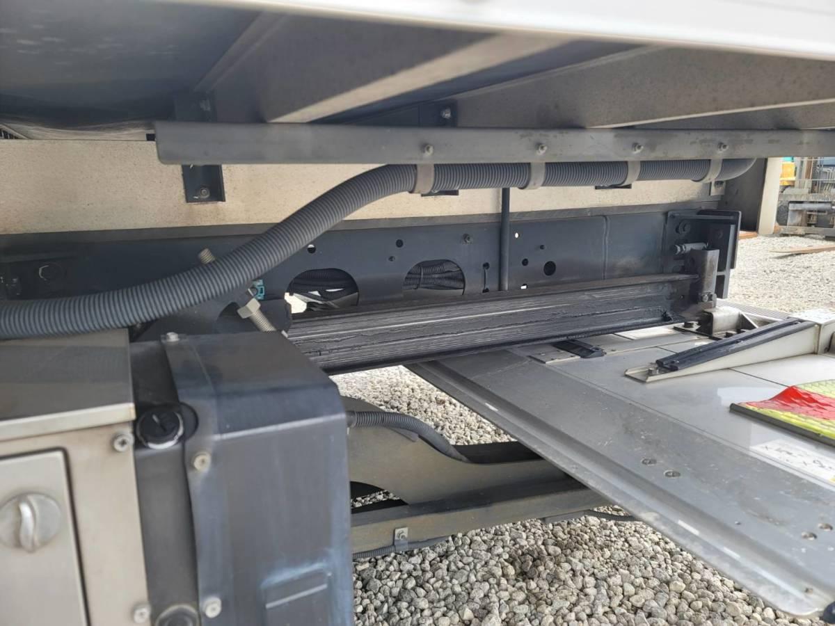 三菱ふそうファイター 平成23年6月 PDG-FK71R パワーゲート付バン 令和4年7月まで車検あり _画像7