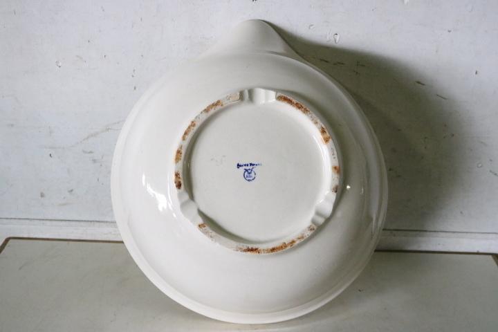 TB526大きな口付きの鉢 陶磁器製容器◇トレードマークあり/片口/白磁/花器/ガーデニング/収納/インテリア/キッチン/古道具タグボート_画像9