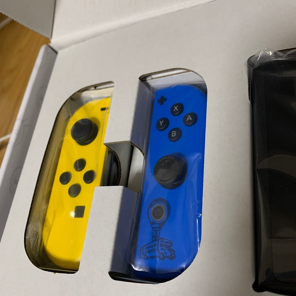 Nintendo Switch ニンテンドースイッチ 任天堂 未使用フォートナイトスイッチ ワイルドキャットバンドルチラシなし