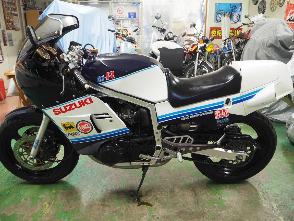 「スズキ GSX-R400 1984年初期モデル エンジン実動・走行可 フロントインパルス youtube動画あり 埼玉より」の画像2