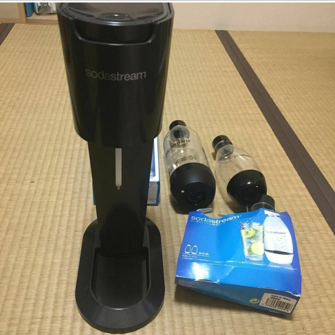 ソーダストリーム ジェネシス v3 ガスシリンダー3本 本体 専用ボトル3本 500ml 1000ml sodastream 美品