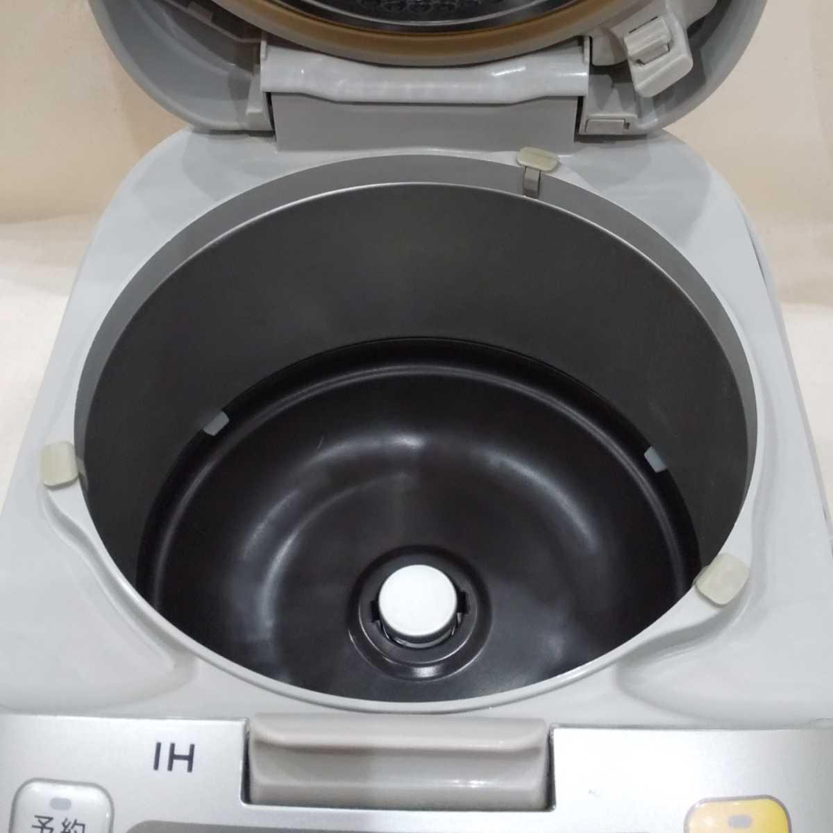 Panasonic パナソニック 炊飯器 SR-HVE1500 中古 キズあり