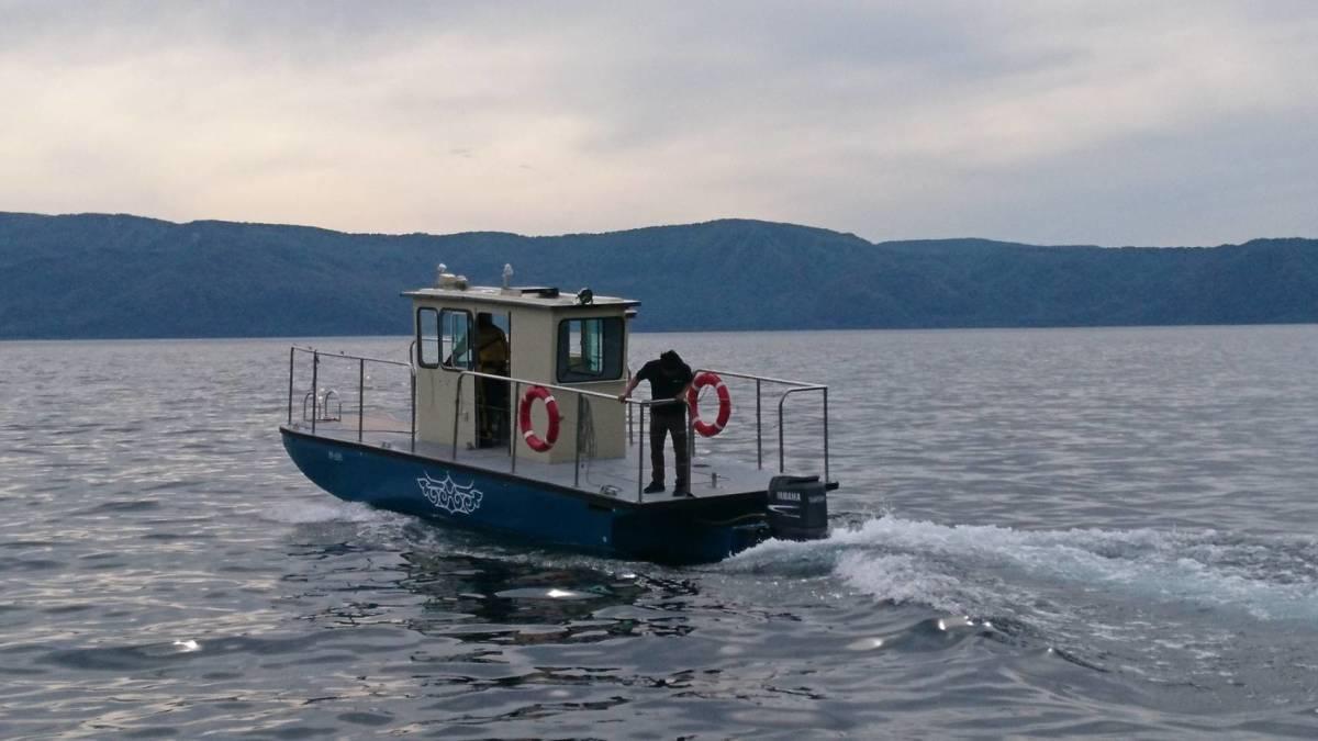 「2021年製 ヤマハF130搭載オイルスキマーボート 淡水湖で仕様 元米海軍オイル回収船」の画像2