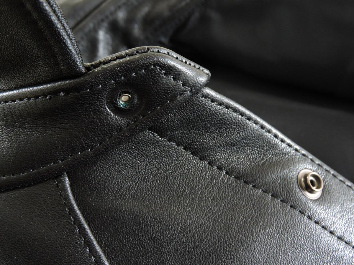 [B127I136] Y's ワイズ LEATHER レザー シャツ 馬革 ブラック サイズ36 中古品_画像9