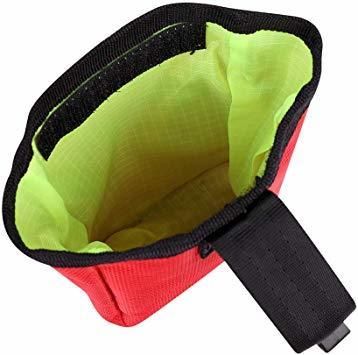 赤い フリーサイズ ペット 訓練バッグ 犬用ポーチ お菓子バッグ ウエストバッグ 餌入れ フック付き お散歩バッグ 多機能 大容_画像4