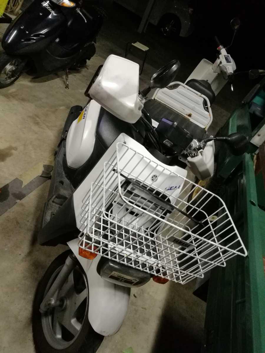 「福岡 GEAR 4スト セル1 カゴ付き つやあり比較的綺麗 4万キロ ハンドルカバー付き 原付き バイク」の画像1