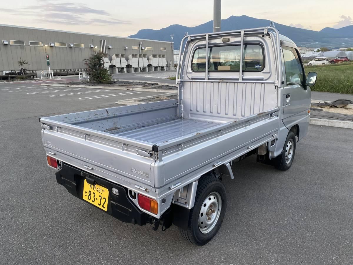 「H14年 スーパーチャージャー サンバートラック 4WD オートマチック(AT) 検査5年9月 エアコン, パワステ, エアバッグ 走行115610キロ」の画像3