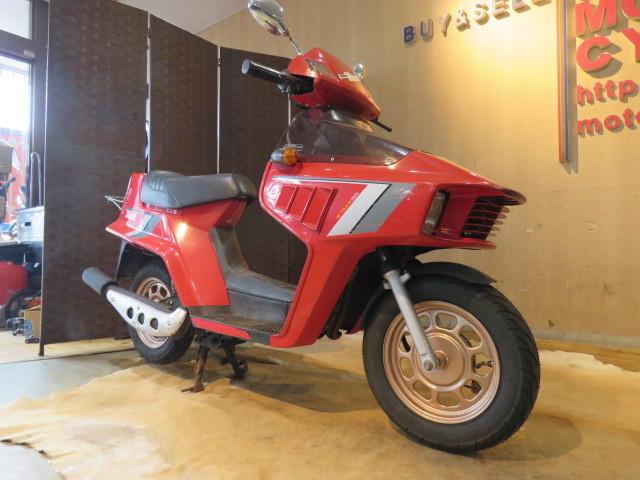 「□HONDA BEAT AF07 ホンダ ビート 50cc 1246km 1983年式 レッド タイヤバリ山! 実動! 原付 原チャリ スクーター バイク 札幌発」の画像3