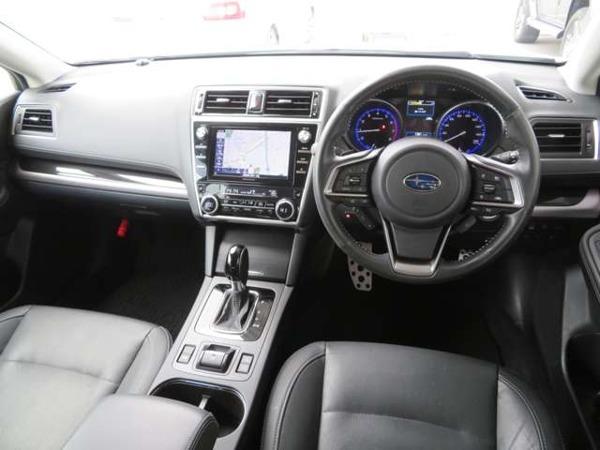 「レガシィアウトバック 2.5 リミテッド 4WD 1オーナー 黒革 ダイアトーン8型ナビTV」の画像3
