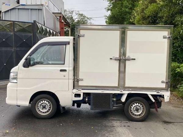 「ハイゼットトラック 660 エアコン・パワステスペシャル 3方開 加温・冷蔵冷凍車 タイベル交換済 -5℃設定」の画像3