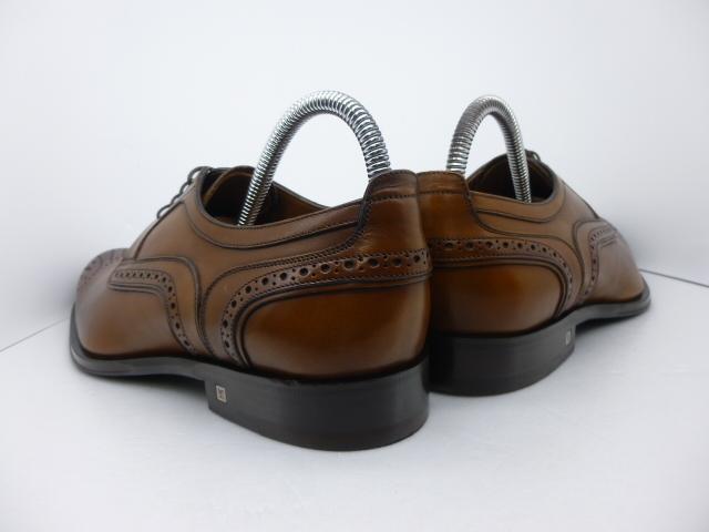 ★本物保証★ルイ・ヴィトン◆秋色◆メンズ/ビジネス/ドレス/メンダリオン/ダービー/シューズ/靴/革靴/くつ/茶/26.5~27㎝☆★新品同様★☆_靴ベラ着用でヒールに型崩れもありません。