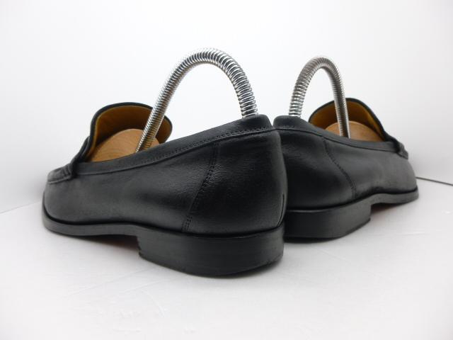■本物保証■エルメス/hermes/メンズ/カチカチ/ビジネス/ローファー/ドレス/モカシン/レザー/シューズ/靴/革靴/黒/27~27.5cm★☆美品☆_靴ベラ着用でヒールに型崩れもありません。