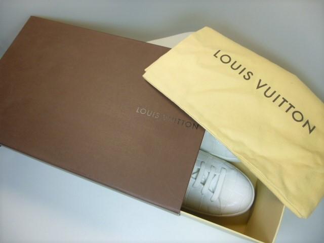 ◆本物保証◆ルイ・ヴィトン◆メンズ/クロコダイル/スニーカー/ドレス/シューズ/ホワイト/白革/レザー/くつ/革靴/26.5~27㎝☆★美品★☆_Louis Vuitton正規箱&保存袋付きです。