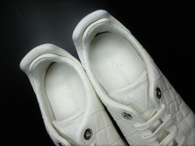 ◆本物保証◆ルイ・ヴィトン◆メンズ/クロコダイル/スニーカー/ドレス/シューズ/ホワイト/白革/レザー/くつ/革靴/26.5~27㎝☆★美品★☆_ふわふわのソフトレザーが足を包みます♪
