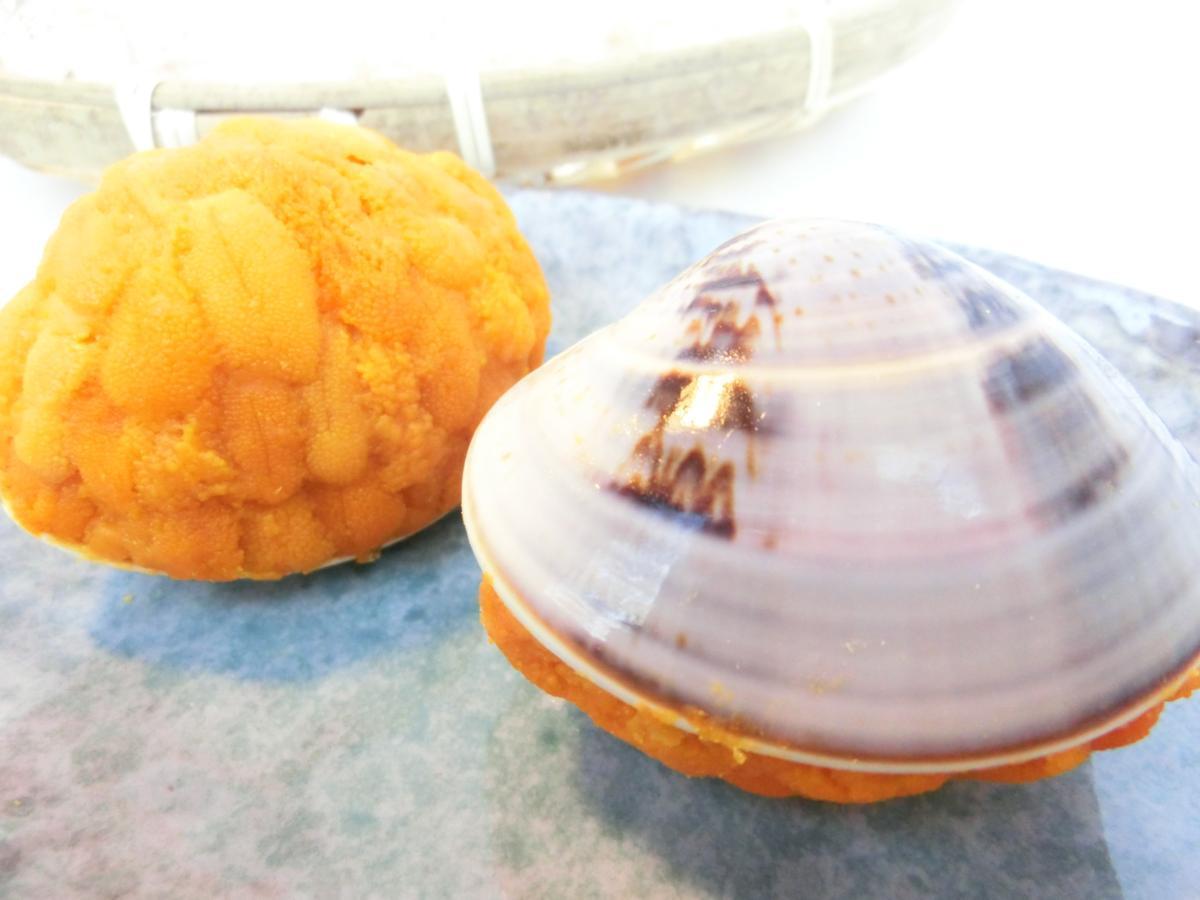 5【大量】特上品 貝焼きうに! 山盛りのウニがどっさり!ちょっぴり豪華で手軽な1品! 1円スタート 業務用_本物のハマグリの貝殻に盛り付けています