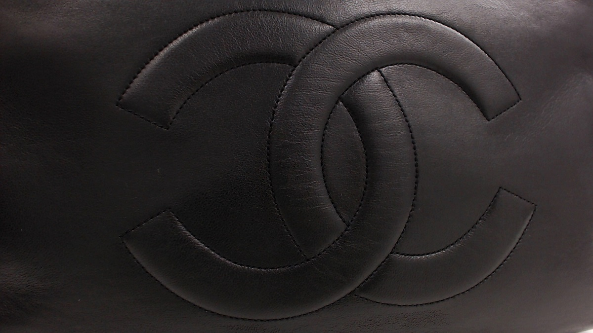 1円美品☆シャネル☆ラムスキン ターンロック 31cm Wチェーントートバッグ 黒 G金具【CHANEL】