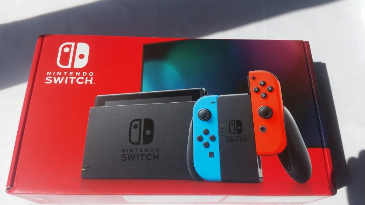 Nintendo Switch ネオンブルー ネオンレッド