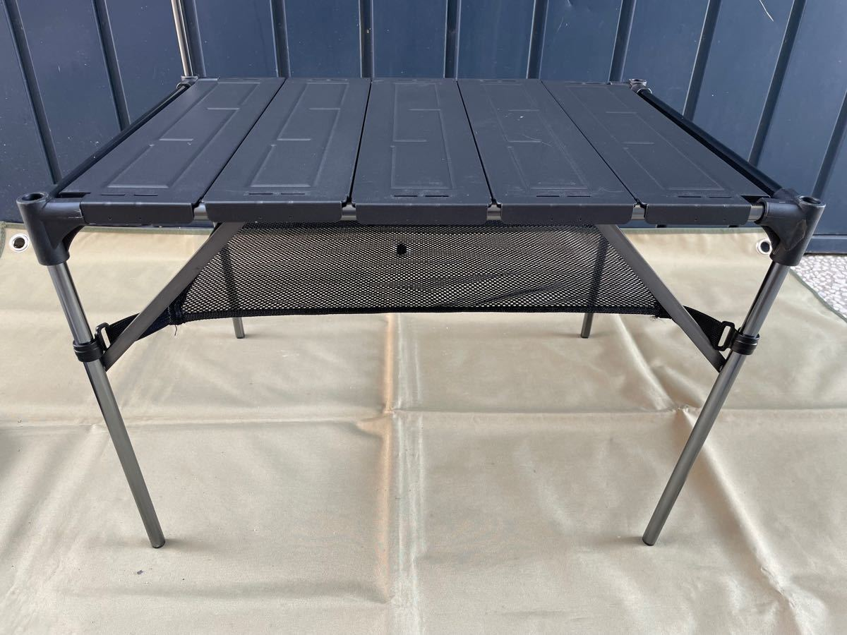 【値下げ】キャンプツーリング テーブル アルミ ロールテーブル ランタンハンガー付き アウトドア 折りたたみ式 コンパクト 超軽量