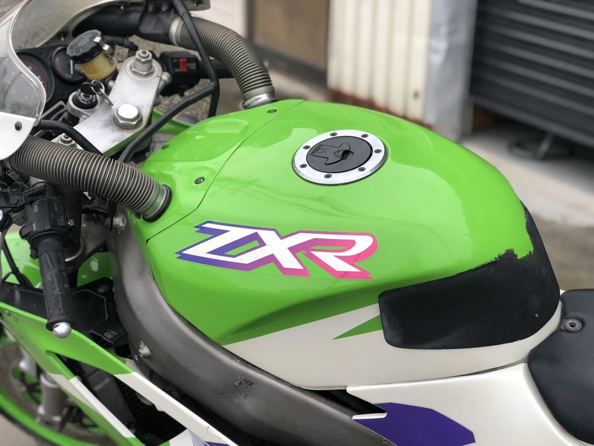 「値下げで即決 カワサキ ZXR400 動画、商品説明欄ご覧ください。オイル、エレメント プラグ新品 検索 GSXR CBR FZR」の画像2