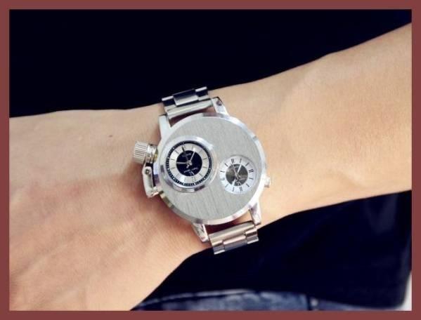 6●■新品-未使用■●腕時計(銀) クロノグラフ アンティーク 正規品 クオーツ 金属 革 バーバリースケルトン シルバーゴールド ウイナー⑭_画像3