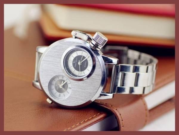 6●■新品-未使用■●腕時計(銀) クロノグラフ アンティーク 正規品 クオーツ 金属 革 バーバリースケルトン シルバーゴールド ウイナー⑭_画像1